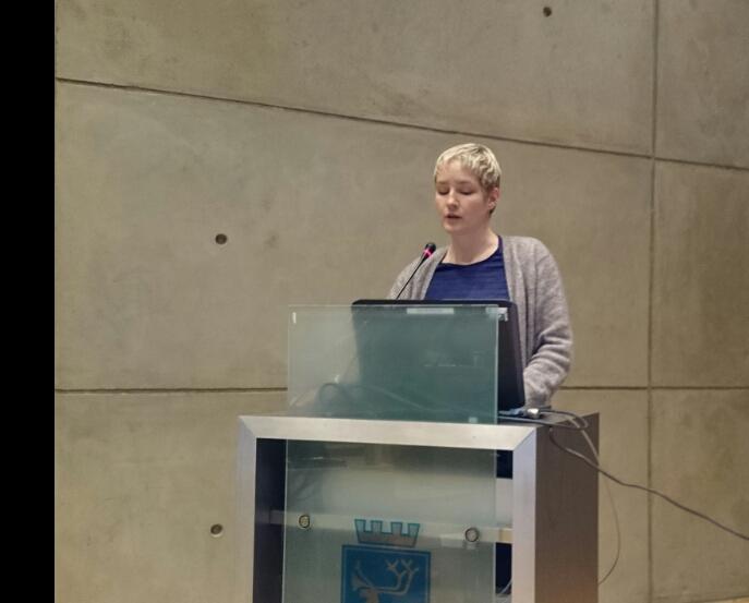 Ingrid Marie Kielland på kommunestyrets talerstol